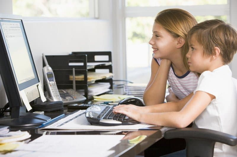 5 Quick Tips and Tricks for Keeping Your Kids Safe Online